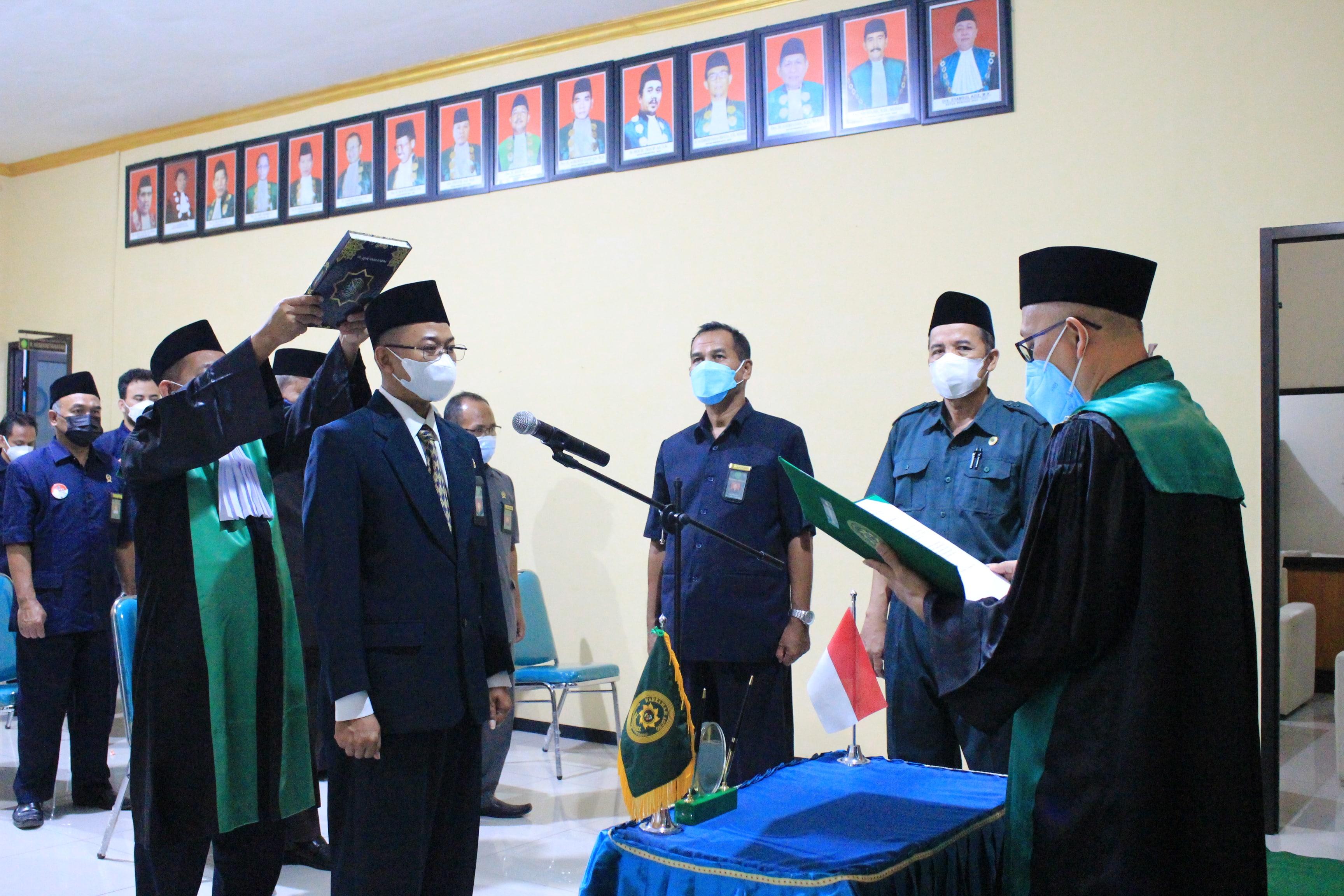 Pelantikan dan Pengambilan Sumpah Jabatan Panmud Gugatan PA Bojonegoro